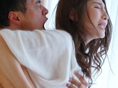 禁欲生活が明けた男女二人が本能のままに絡み合う究極のエロ!【佐々木あき】